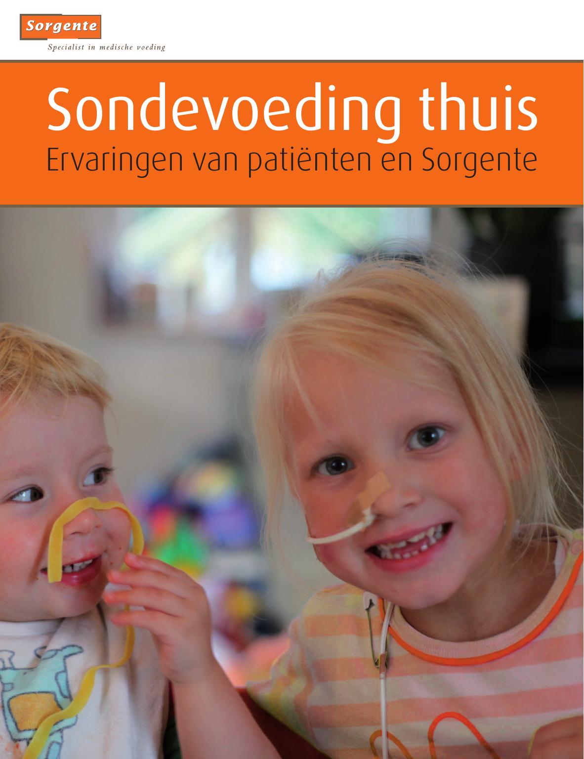verpleegkundige geeft kind sondevoeding